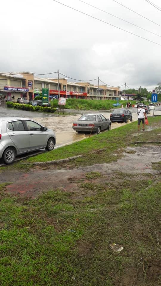 101 Gambar Air Banjir Kekinian